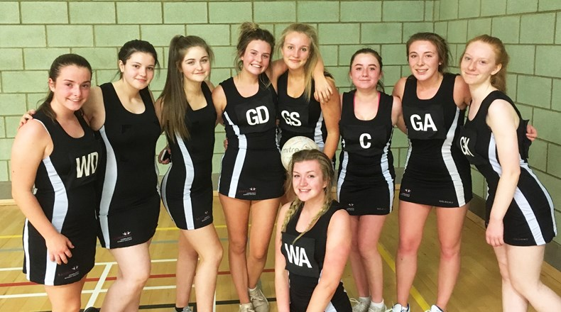 Win for Year 11 netball team!